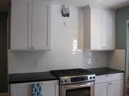 Kitchen Tile Backsplash Design Ideas Home Design Enchanting Backsplash Behind Stove With Range Hood