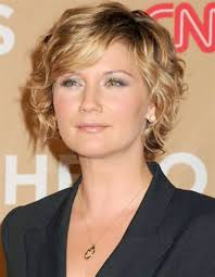 short haircuts for frizzy curly hair short wavy hairstyles for women short hairstyles pinterest