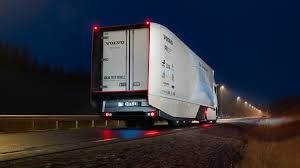 volvo 18 wheeler dealer volvo concept truck u0027s gets 30 percent cleaner from new hybrid