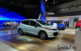 nissan leaf vs chevy bolt chevrolet bolt ev live from la auto show with new