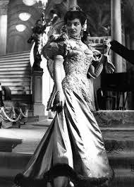 Tyne Daly Channels Fierce Opera Diva Maria Callas in Master Class     Maria Callas   Brief Return to Opera