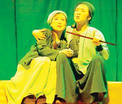 Đôi điều bảo tồn và phát triển về nghệ thuật sân khấu dân tộc