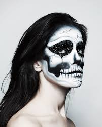 Skeleton Makeup For Halloween by 4 Last Minute Halloween Makeup Ideas From Pat Mcgrath Vogue