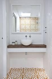 Small Powder Room Wallpaper Ideas Best 25 Small Powder Rooms Ideas On Pinterest Powder Room
