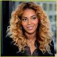 Beyonce Reads Letter to Michelle Obama in Campaign Ad! - beyonce-reads-letter-to-michelle-obama-in-campaign-ad