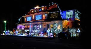 Christmas Decor In The Home File 13 12 16 Christmas House Decoration Jpg Wikimedia Commons