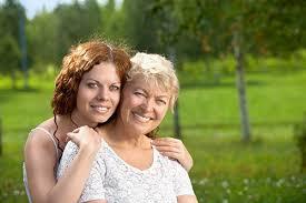 Как влияет излишняя материнская опека на личную жизнь взрослых детей?