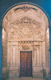 Entrada al museo de la Iglesia Colegial Basílica de Santa María de Xàtiva.