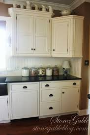 Kitchen Cabinet Top Decor by 831 Best Primitive And Country Kitchens Images On Pinterest