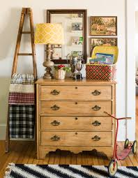 34 clever ways to upcycle flea market finds into stylish home 34 clever ways to upcycle flea market finds into stylish home decor home decor on a budget