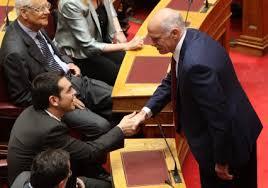 O Γ. Παπανδρέου, που κινδυνεύει να μείνει χωρίς έδρα (και ασυλία), στηρίζει τώρα τον ΣΥΡΙΖΑ!...