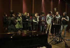 Elenco de Os Dez Mandamentos - O Musical grava em estúdio