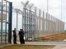 Plano libera uso de segurança privada em prisões e estádios de futebol