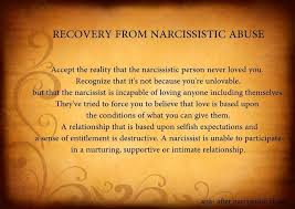 Signs You     re With a    Narcissistic Woman      MY TRUE SENSE MY TRUE SENSE
