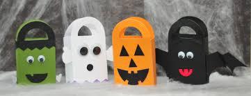 make it pretty wednesdays halloween treat bags diy halloween