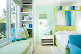 10 ideas of colorful bedrooms to brighten up your morning top
