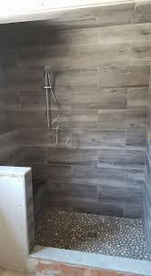 Shower Tile Ideas Small Bathrooms by Best 20 Small Bathroom Showers Ideas On Pinterest Small Master