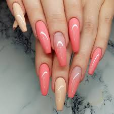 glamour chrome nails trends 2017 11 lucky bella
