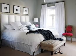 Ideas For Small Bedrooms For Adults Decorate With Flowers 50s Bedroomhome Decor 27 Stylish Bachelor