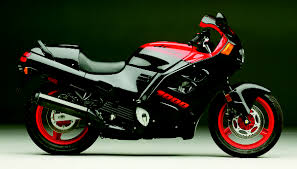 honda cbr street bike if i was to buy a sport bike this would be the one the honda