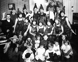 1920 Halloween Costumes Creepy Vintage Halloween Costumes 1800 1959 Vintage Everyday