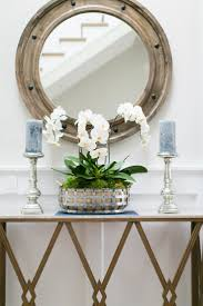 White Entryway Table by Best 25 Foyer Decorating Ideas That You Will Like On Pinterest