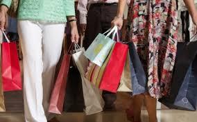 Queda nas vendas fez quase 100 mil lojas fecharem as portas em ...