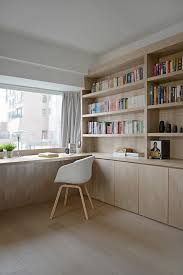 Bay Window Desk Top 25 Best Window Desk Ideas On Pinterest Bureau Design Desk