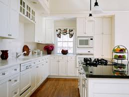 Kitchen Cabinets White Shaker Elegant White Shaker Cabinets And Appliances About Kitchens With