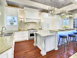 Crown Moldings For Kitchen Cabinets Shaker Cabinets With Crown Molding 24897 Furniture Ideas
