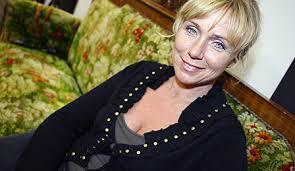 Anne Lundberg årets julvärd i SVT - DN. - 174374
