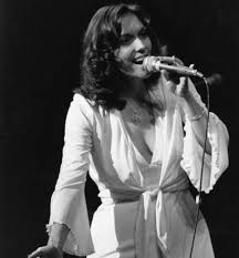 Drummerworld: Karen Carpenter