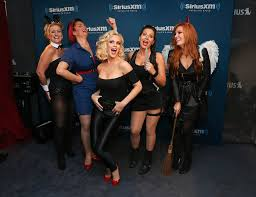 tammy pescatelli in jenny mccarthy hosts a halloween costume party