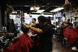 filthy rich barbershop gives celeb status cuts with a hometown