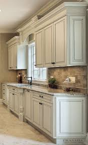 Ash Kitchen Cabinets by Best 20 Off White Kitchen Cabinets Ideas On Pinterest Off White