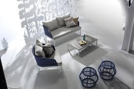 Modern Outdoor Sofa by Renava Buenos Modern Outdoor Sofa Set