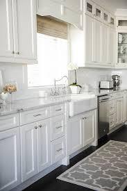 Best  Cabinet Hardware Ideas On Pinterest Kitchen Cabinet - Kitchen cabinets with knobs