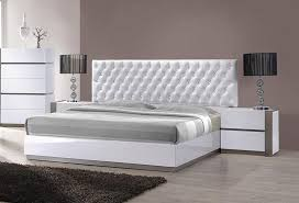 Sophisticated Leather High End Platform Bed With Tufted Headboard - White tufted leather bedroom set