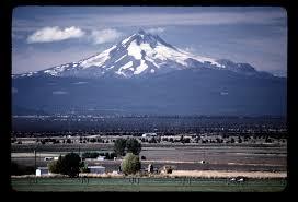 அழகு மலைகளின் காட்சிகள் சில.....01 Images?q=tbn:ANd9GcTmFk4o_jugtUGqN-o9RCjtosilDdcLq6W5FP7BFlV8T-U9wd4i