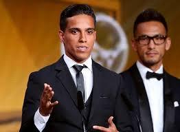 Gol de brasileiro é eleito o mais bonito do ano em premiação da FIFA