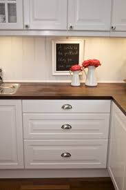 Off White Kitchen Cabinets With Black Countertops Top 25 Best Solid Surface Countertops Ideas On Pinterest Corian