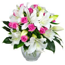 Flowers Delivered Uk - rose and lily bouquet fresh flowers free uk delivery