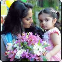 Shalini Ajith with Daughter!