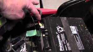 black and decker lawn mower cmm 1000 how to change the battery in