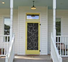decorating beach style exterior for bungalow with covered porch