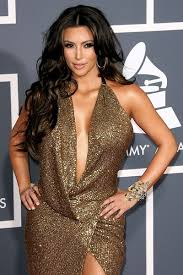 Kim Kardashian 2011 Grammy Awards and video