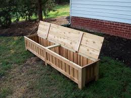 Diy Reclaimed Wood Storage Bench by Best 25 Patio Storage Bench Ideas On Pinterest Garden Storage