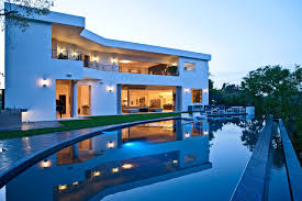 luxury house with pool glamorous contemporary living in los