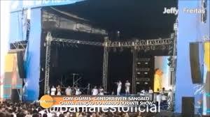Com ciúmes, Ivete Sangalo chama atenção do marido durante show ...