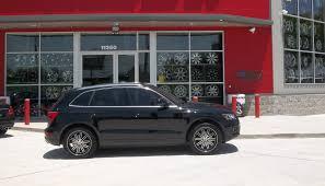 Audi Q5 Black - lexani lss 8 rims in an audi q5 street dreams